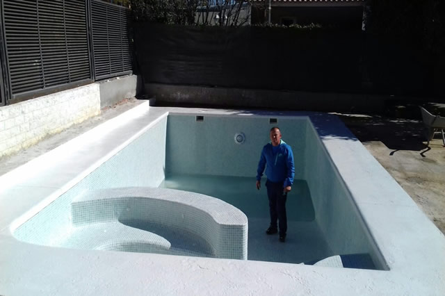 Piscinas aguamar instalaci n jacuzzi for Precio piscina obra 8x4
